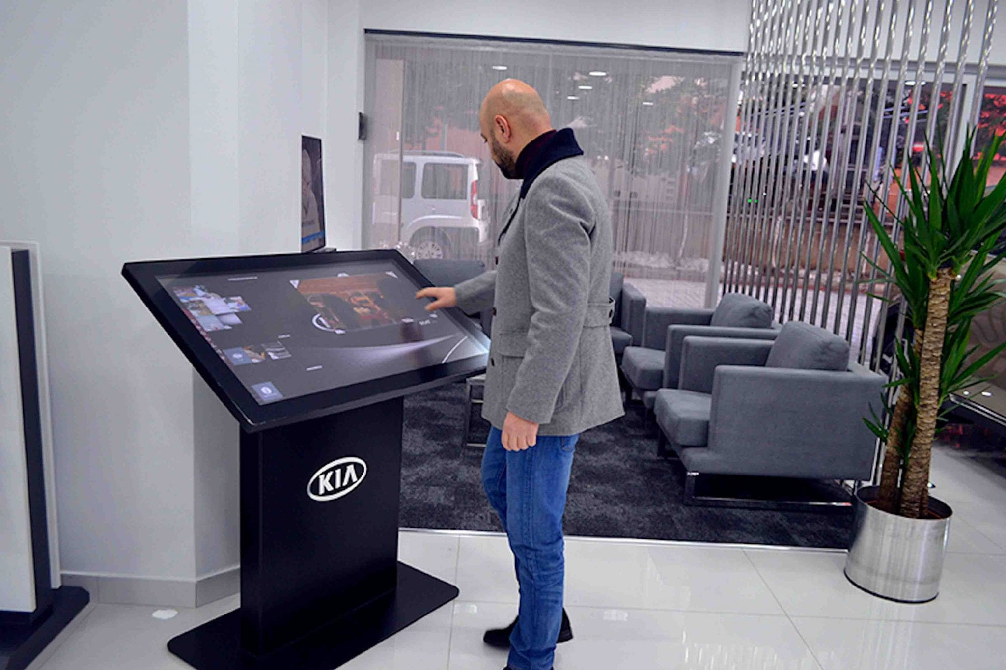 Zytronic touch screen display installed in Kia Dealership